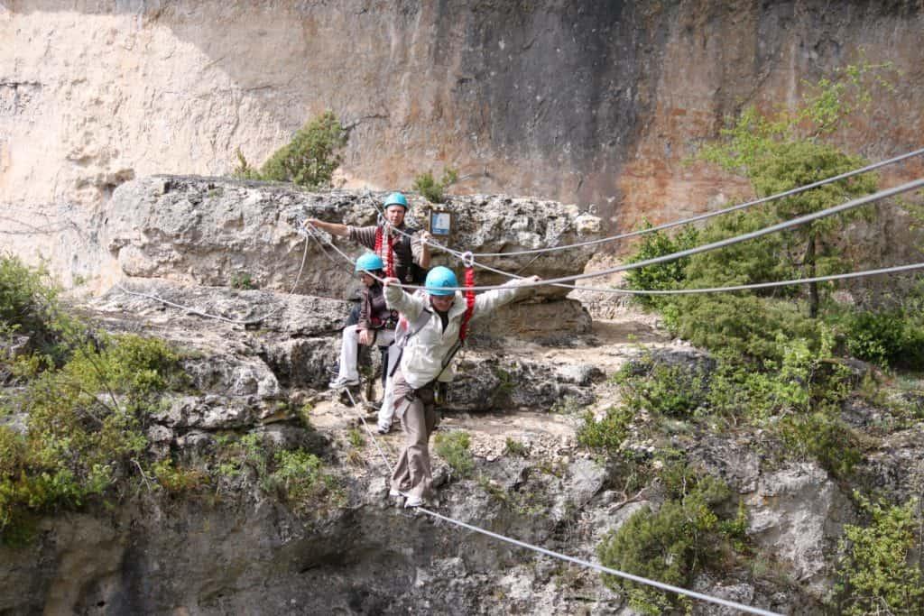 Pont de singe via ferrata liaucous gorges du tarn millau aveyron lozère vautours